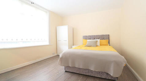 Victoria Road, Bedford. 1 bedroom house share