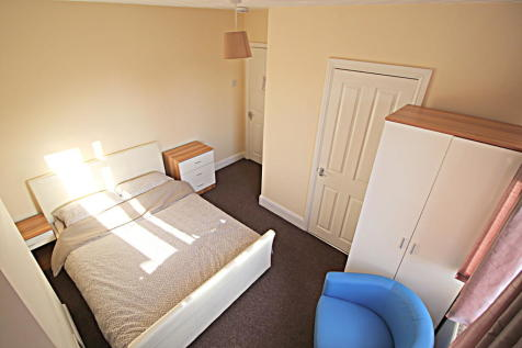 Sexton Avenue, Bedford. 1 bedroom house share