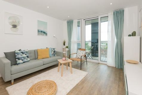 Wandsworth Road, London, SW8. 1 bedroom apartment