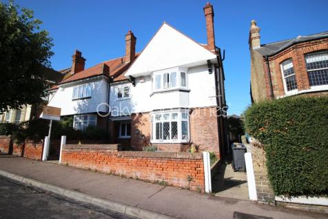 Westcliff Road. 5 bedroom semi-detached house for sale
