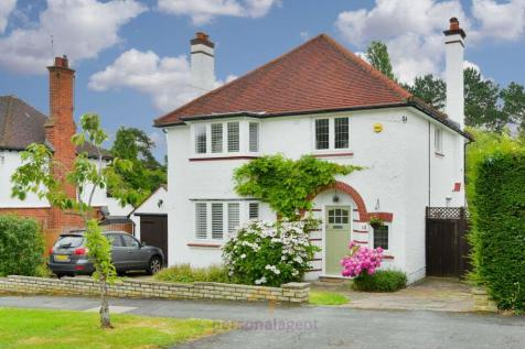 West Hill Avenue, Epsom. 4 bedroom detached house