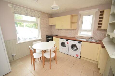 Western Place, Penryn. 4 bedroom semi-detached house