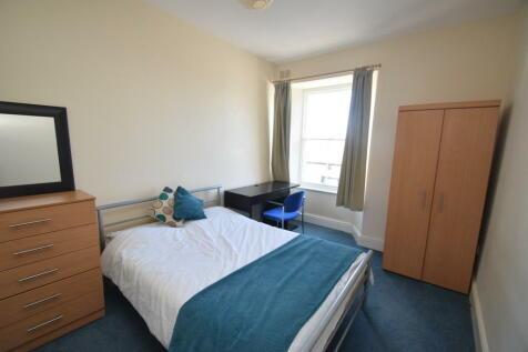 Arwenack Street, FALMOUTH. 3 bedroom flat