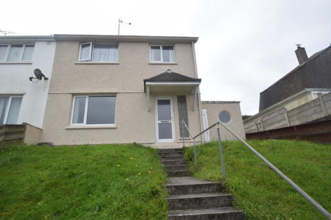 Oakfield Road, Falmouth. 3 bedroom semi-detached house