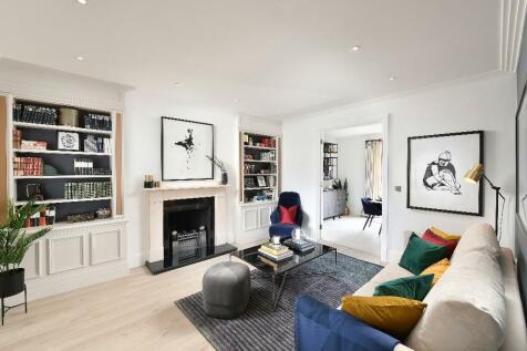 Trent Park, Snakes Lane (off Bramley Road),  Enfield  EN4 0PS. 5 bedroom detached house for sale