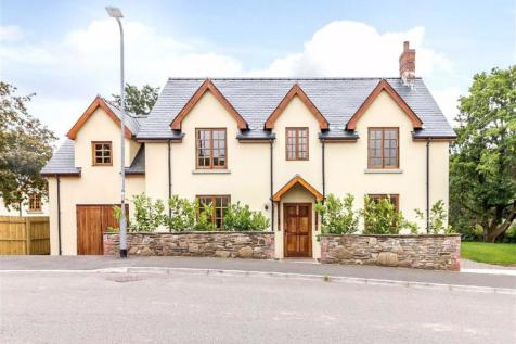 Tabernacle Drive, Rhiwderin, Newport. 4 bedroom detached house for sale