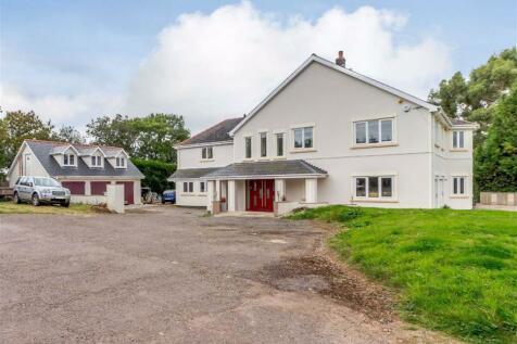 Pencoed Lane, Llanmartin. Newport, Gwent. 5 bedroom detached house for sale