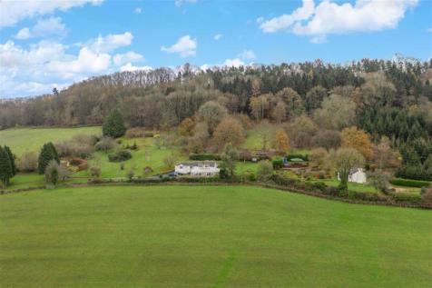 Coedypaen, Pontypool, Monmouthshire. 5 bedroom detached house for sale
