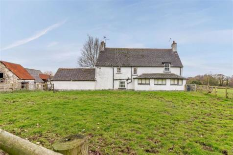 Croesypant, Mamhilad, Pontypool, Monmouthshire. 3 bedroom detached house for sale
