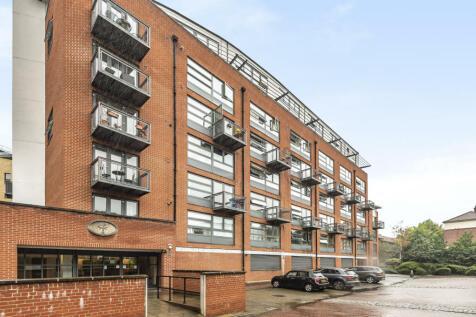 Florin Court, 70 Tanner Street, London, SE1. 1 bedroom apartment