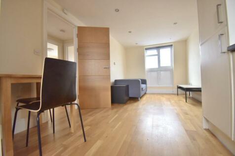 119 Peckham High Street, London, SE155SE. 2 bedroom flat
