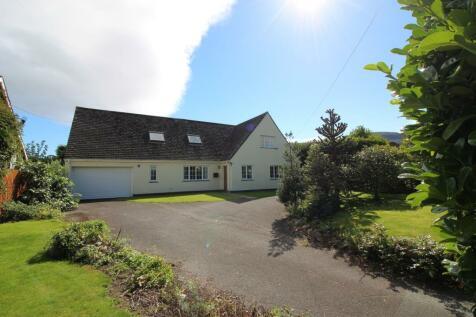 Llangattock, Crickhowell, NP8. 4 bedroom detached house