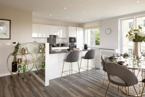 The Ridgeway, Mill Hill, London, NW7 1AA. 2 bedroom apartment