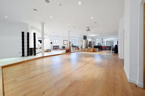 Woodstock Grove, Shepherds Bush, W12. 4 bedroom apartment for sale