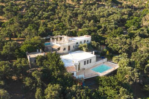 Greece. 6 bedroom villa
