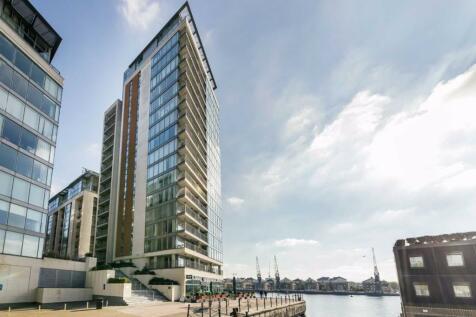 Western Gateway, London. 2 bedroom flat for sale