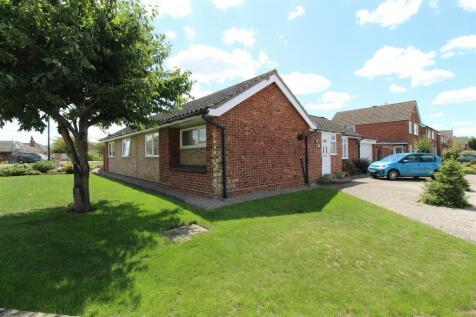 Epsom Drive, Ipswich. 3 bedroom detached bungalow