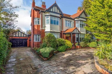 Dowhills Road, Liverpool, Merseyside, L23. 6 bedroom detached house for sale
