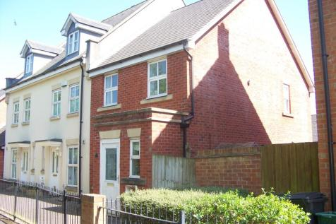 The Inclosures, Weston Village. 3 bedroom end of terrace house