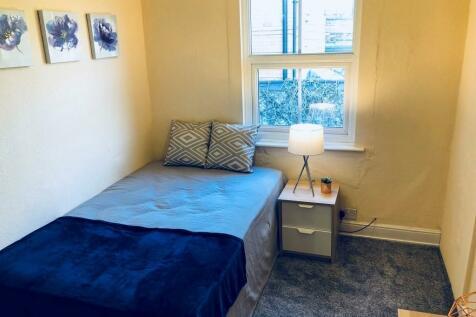 Room 3, 17 Chichester Street, Chester. 1 bedroom house share