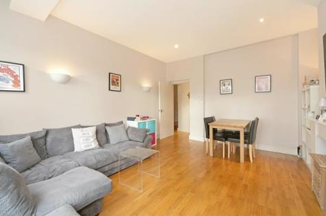 Parsons Green, Fulham, London, SW6. 1 bedroom flat