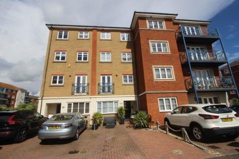 St. Kitts Drive, South Harbour, Eastbourne, East Sussex, BN23. 1 bedroom house share