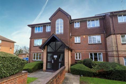Waverley Road, Enfield, Middlesex. 2 bedroom apartment