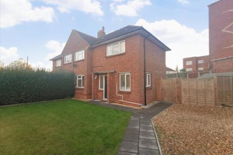Frobisher Avenue, Wallisdown. 2 bedroom house