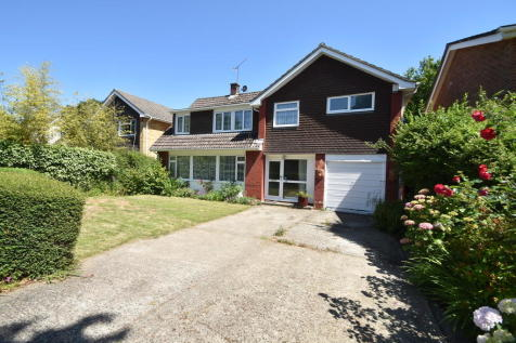 The Glade, Waterlooville. 4 bedroom detached house
