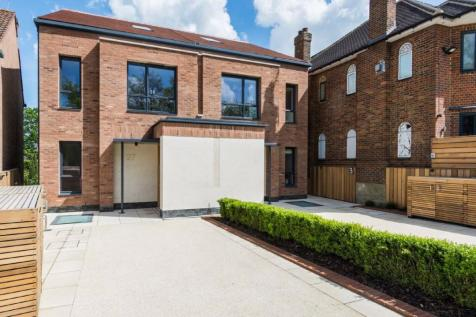Hermitage Lane, Hampstead Borders. 4 bedroom house for sale