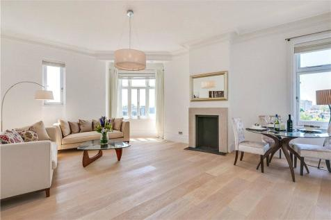 Langham Mansions, Earls Court Square, London, SW5. 2 bedroom apartment