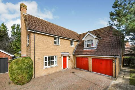 Hanlee Brook, Great Baddow, Chelmsford, Essex, CM2. 4 bedroom detached house for sale