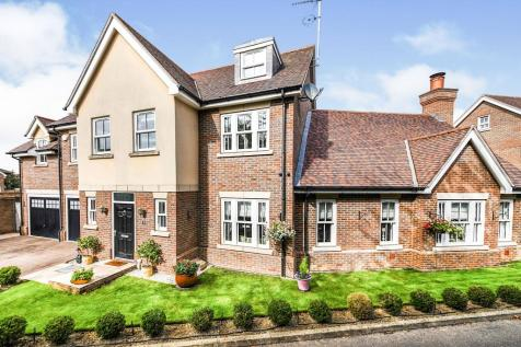 Fernlea Place, Billericay, Essex, ., CM11. 6 bedroom detached house for sale