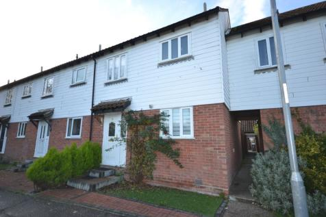 Blake Court, South Woodham Ferrers, Chelmsford, Essex, CM3. 3 bedroom end of terrace house