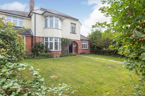 Havering Road, Rise Park, Romford, Havering, RM1. 6 bedroom detached house for sale