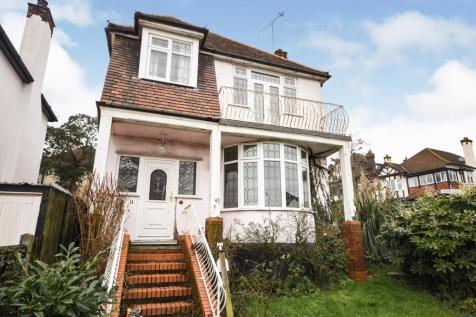 The Drive, Chalkwell, Westcliff-On-Sea, Essex, SS0. 3 bedroom detached house for sale