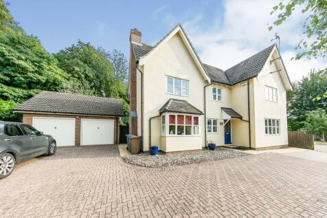 Percy Ruse Close, Great Cornard, Sudbury, Suffolk, CO10. 4 bedroom detached house