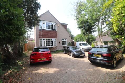 Buxton Lane, Caterham, Surrey, ., CR3. 3 bedroom detached house