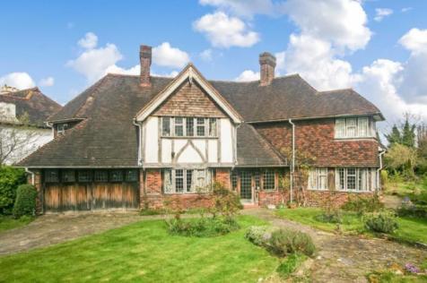 Mapledale Avenue, Croydon, Surrey, CR0. 4 bedroom detached house for sale