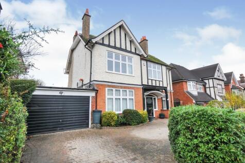 Croham Park Avenue, South Croydon, CR2. 7 bedroom detached house for sale
