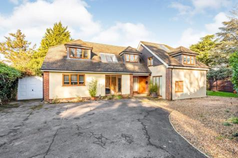 Lower Road, Fetcham, Surrey, KT22. 6 bedroom detached house for sale