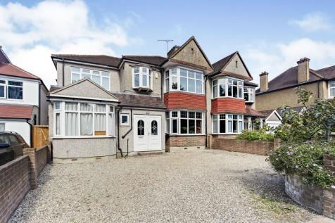 Shirley Road, Shirley, Croydon, Surrey, CR0. 6 bedroom semi-detached house