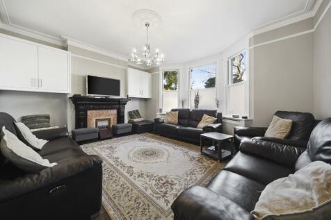 St. Stephens Road, London, W13. 5 bedroom semi-detached house