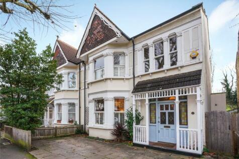 Victoria Avenue, Surbiton, KT6. 4 bedroom semi-detached house for sale