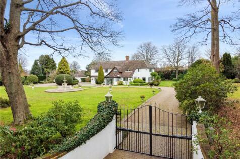 Rushmore Hill, Knockholt, Sevenoaks, Kent, TN14. 6 bedroom detached house for sale