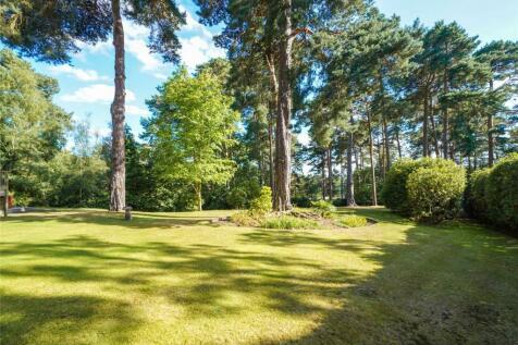 Camp End Road, Weybridge, Surrey, KT13. 6 bedroom detached house for sale