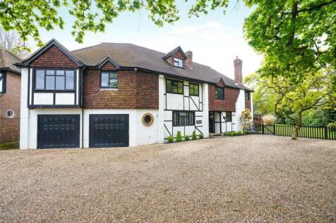 Charlton Avenue, Hersham, Walton-on-Thames, Surrey, KT12. 8 bedroom detached house for sale