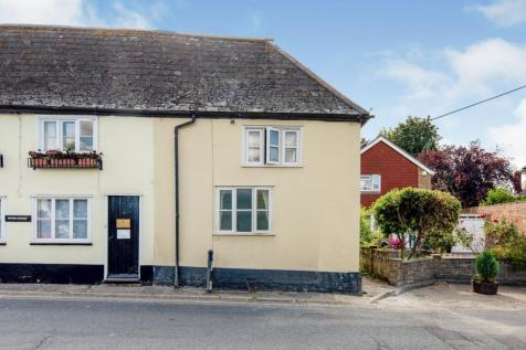 High Street, Wingham, Canterbury, Kent, CT3. 2 bedroom end of terrace house