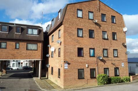 Ethel Maud Court, Richmond Road, Gillingham, Kent, ME7. 1 bedroom flat