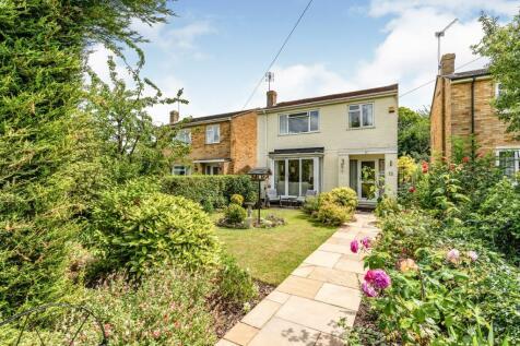Harty Avenue, Gillingham, Kent, ME8. 3 bedroom detached house
